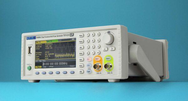 TGF4000系列信号发生器